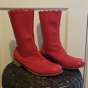 Urban Outfitters We Who See red boots sz 7